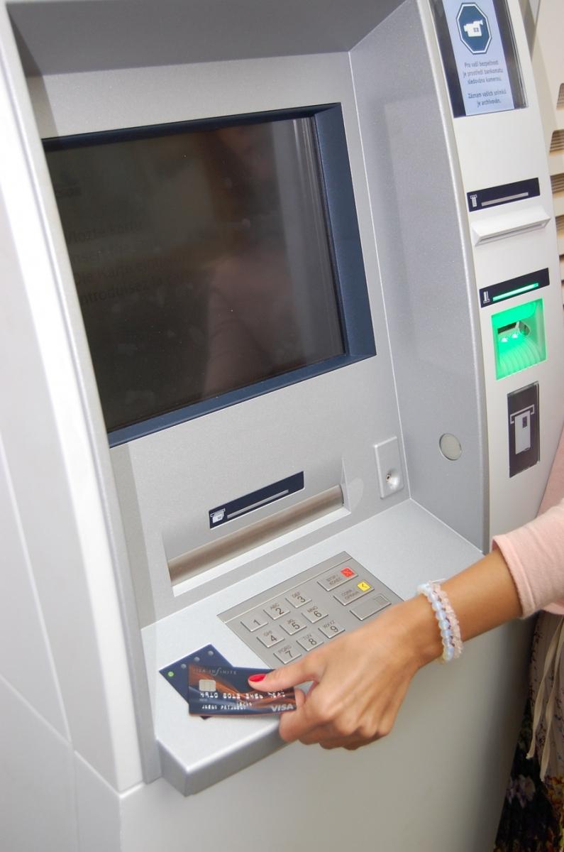 Bezkontaktní ATM_Premium_m