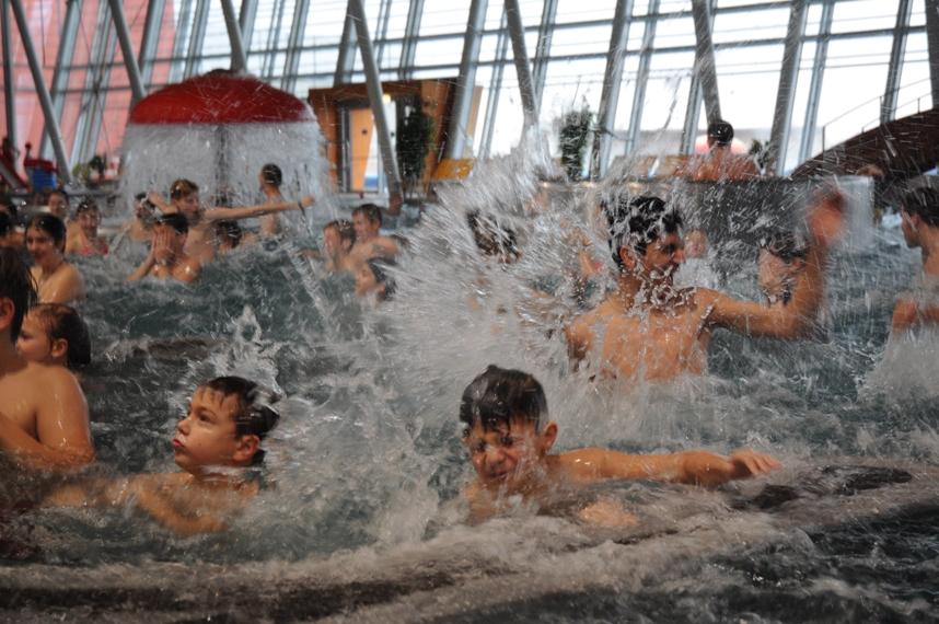 ING Bank Fond s dětmi v Aqualandii Moravia.JPG