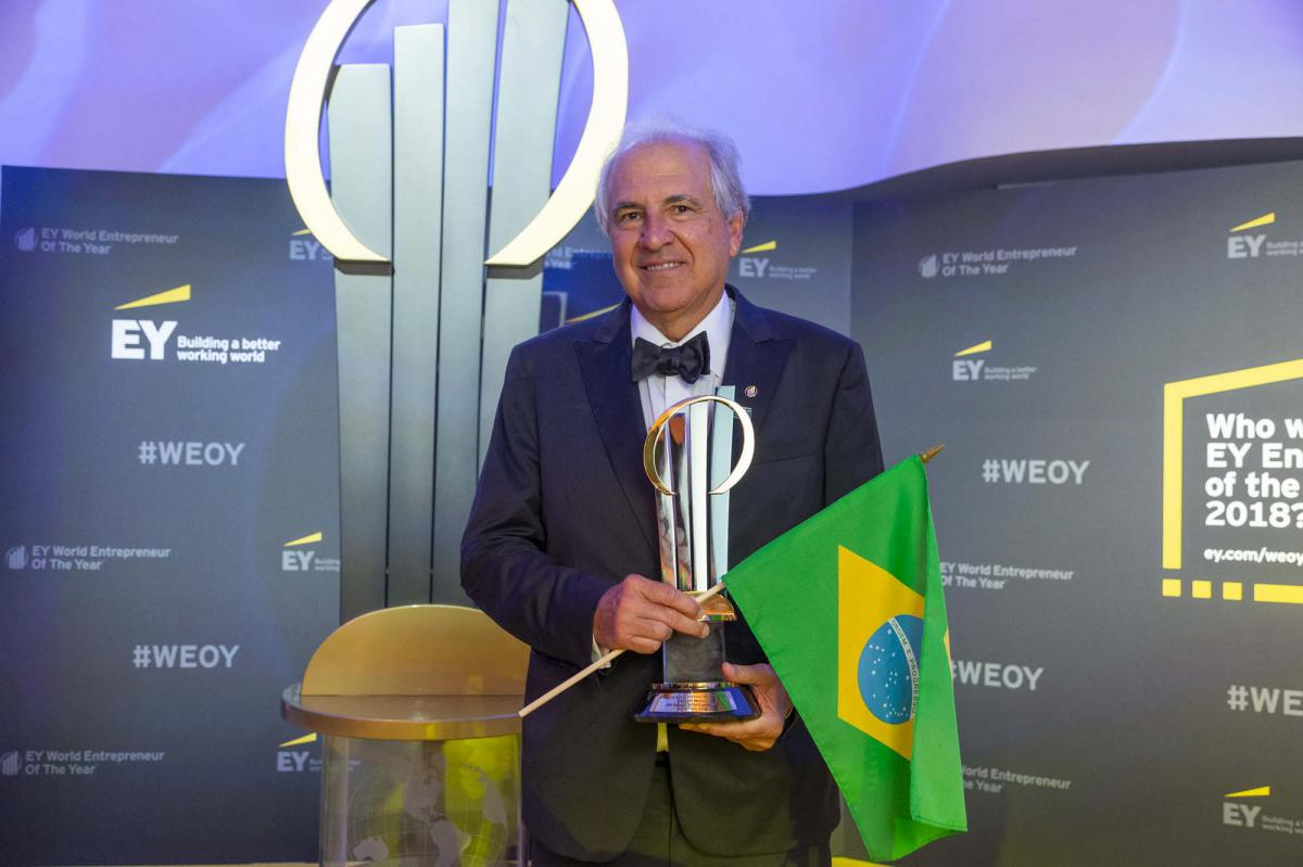 EY_World Enterpreneur Of The Year Rubens Menin (2)